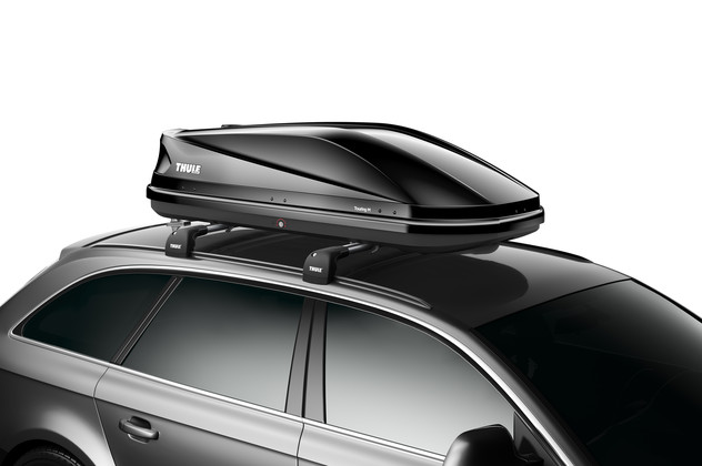 Black roof box Thule Touring 200 black on car