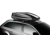 Roof box Thule Touring 780 L on car