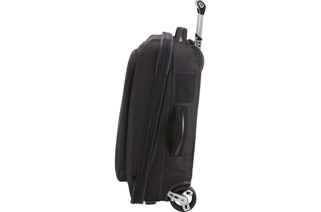 Thule Crossover Rolling 38L Carry-On, musta